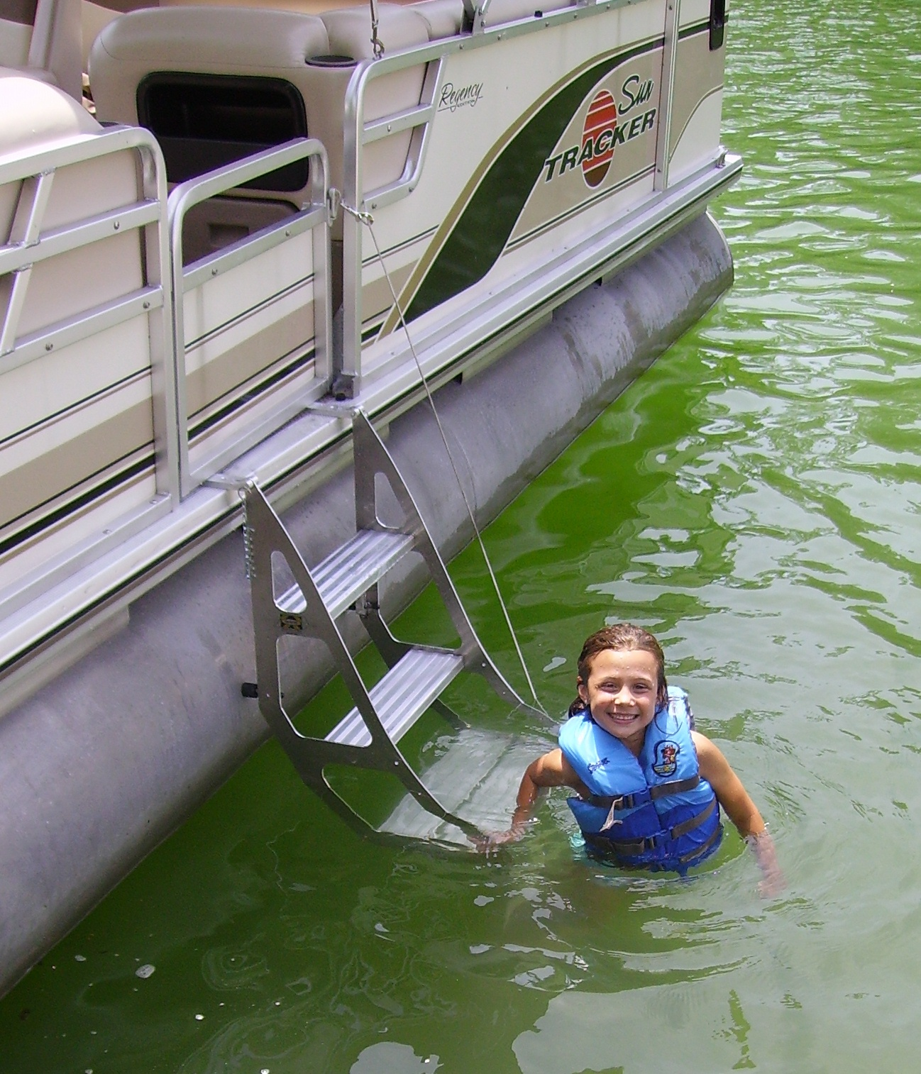 Tooner I Pontoon Ladder Pontoon Boat Access Marine Ias